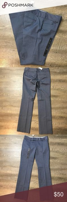 "Banana Republic Ryan Fit Dress Pants Sz 6 NWT Banana Republic Factory  Size 6 New with tags Approx 15.75"" Waist Approx 8.5"" Rise Approx 32.5"" inseam Approx 17"" leg opening Blue novelty print Cotton 97 Spandex 3  No trades Banana Republic Pants Straight Leg"