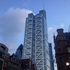 Picture of Heron Tower outside of Liverpool Street Station.