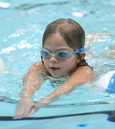 Steps on How to Swim for Beginners Swimming For Beginners, Pregnancy Stages, Parks And Recreation, Kids Education, Fitness Tips, Outdoor Decor, Early Childhood Education, Stages Of Pregnancy, Fitness Hacks