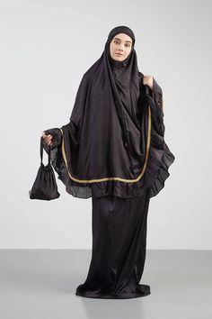 Girl Hijab, Hijab Outfit, Islamic Fashion, Muslim Fashion, Modest Dresses, Modest Outfits, Abaya Fashion, Fashion Dresses, Islamic Clothing
