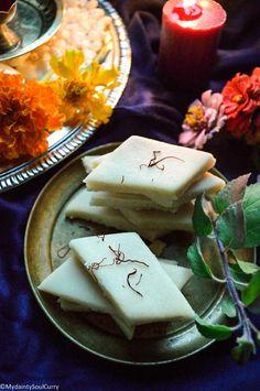 Instant Keto Katli - My Dainty Soul Curry Keto Friendly Desserts, Low Carb Desserts, Low Carb Recipes, Vegan Recipes, Dessert Recipes, Diabetic Desserts, Lunch Recipes, Diwali Snacks, Diwali Food
