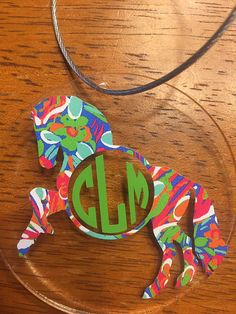 ***Monogram Horse Keychain/Lugggage Tag***  Personalize this keychain with your monogram and choice of print or colors!  Select whether you would like a regular keychain ring or a screw clasp metal ring.  FREE SHIPPING Ships within 3-5 business days and ships USPS first class. SHIPS FOR FREE!!!   ****TO Order**** Select the quantity you would like. At checkout in the ***Note to Seller*** box put the following:  1) Monogram in the order you want it to appear (ex. for the name Stacey Jane...