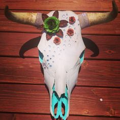 Turquoise and glitter cow skull with metal flowers rhinestones and lace burlap Cow Skull Art, Skull Wall Art, Skull Decor, Skull Head, Bull Skulls, Longhorn Skulls, Painted Animal Skulls, Skull Crafts, Buffalo Skull