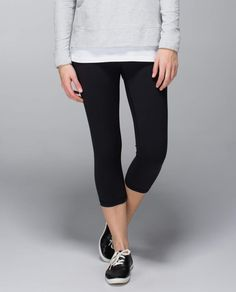 Lululemon Wunder Under Crop *Full-on Luxtreme Worn a couple times, great condition. Size tag removed for comfort. Lululemon Pants, Lululemon Wunder Under, Lululemon Athletica, Yoga Wear, Athletic Outfits, Fitness Fashion, Fitness Style, Leggings Are Not Pants, Cute Outfits