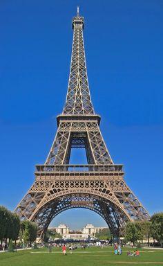 La Tour Eiffel- the Eiffel Tower in Paris, France Gustave Eiffel, Torre Eiffel Paris, Paris Eiffel Tower, Dubai, Tours, Most Visited, Places To See, History, Pictures