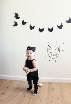 halloween costume + cat