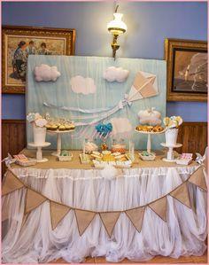 Mesa dulce bautizo niño, Baby boy bautism candybar, cometa, kite, galletas de nube, globo aerostático galleta, bautizo, bautism, cloud cookie, ballon cookie #candybar #tutururú www.tutururus.blogspot.com.es