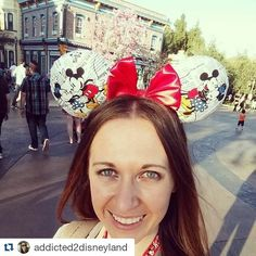 Got to meet the wonderful @addicted2disneyland yesterday and gave her the ears she won from @gsandgrace giveaway. Congrats again love on winning the giveaway.  #LeEars #disneyland #dlr #wdw #disneyparks #magickingdom #annualpassholder #magicband #disneymagic #disneyinspired #custommickeyears #mickeyears #minnieears #etsy #custommade #mickeymouse #minniemouse #disneylove #showyourdisneyside #supporthandmade #smallbusiness by le.ears