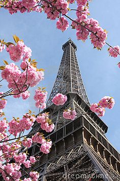 ✯ Springtime in Paris