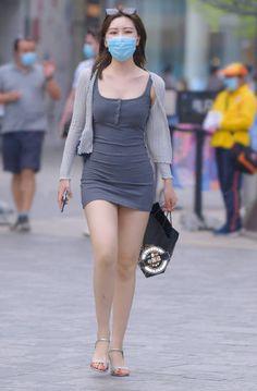 微博 Hipster Outfits, Sexy Outfits, Cute Outfits, Sexy Asian Girls, Beautiful Asian Girls, Asian Fashion, Girl Fashion, Hot Country Girls, Girls Are Awesome