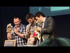 #JIBCon2013. Ty, Jensen Misha do a puppet show ;)
