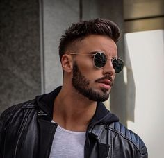 Cool Men's Hairstyle Ideas With Awesome Beard Style For Here we are going to share the Next Hairstyles Ideas for the Stylish Men's who want to searching the Gorgeous Styles. In this Post you can see this Perfect Hairstyles Trends for the Men's inclu Mens Hairstyles With Beard, Cool Hairstyles For Men, Cool Haircuts, Hairstyle Ideas, Men's Hairstyles, Popular Mens Hairstyles, Short Haircuts For Men, Men Haircut Short, Mens Fade Haircut