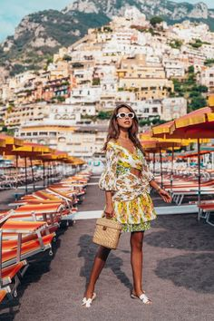 Summer dresses for women One of my favorite summer vacation spots in the world I fell in love with Positano the moment I saw it summerdressessundresses Country Summer Dresses, Maternity Dresses Summer, Summer Dresses 2017, Summer Dresses For Women, Positano, Summer Vegas Outfit, Coast Outfit, Week End En Amoureux, Coast Fashion