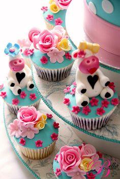 Springtime cow cupcakes
