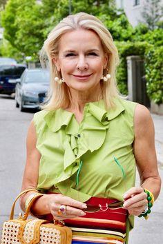 Bibi Horst, die Expertin für Styling und Anti-Aging 45+ | Der smarte LifeStyle Blog für SIE & IHN Horst, School Dresses, Office Looks, Fashion Over 50, Anti Aging, Street Style, My Style, How To Wear, Jeans