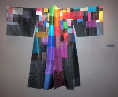 Idiosyncratic Fashionistas: Chunghie Lee at The Korea Society Textile Design, Textile Art, Modern Kimono, Korean Traditional, Young Fashion, Women's Fashion, Patchwork Dress, Silk Organza, Fabric Manipulation