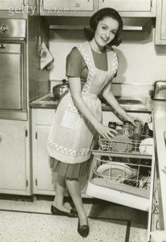 1950s , Plain white cotton full apron was the day to day choice apron