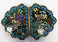 Gorgeous PR Japanese Meiji Period Cloisonne Floral and Fan Motif Belt Buckles Japanese Screen, Japanese Art, Vintage Belt Buckles, Vintage Buttons, Luxury Jewelry, Period, Jewelry Design, Fan, Enamels