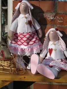 Куклы Тильды ручной работы. Ярмарка Мастеров - ручная работа Куклы-тильды Рождественские Зайки. Handmade.