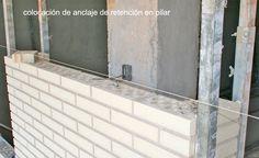 Detalle constructivo de Fachada Ventilada ejecutada con ladrillo caravista M9 de Cerámica Añón