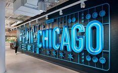 LinkedIn Chicago Office – Interior Branding Dimensional Innovations teamed with Gensler to bring the LinkedIn Chicago office space to life, showcasing the LinkedIn brand with a Chicago twist. Display Design, Booth Design, Store Design, Wall Design, Design Design, Design Styles, Design Ideas, Wayfinding Signage, Signage Design