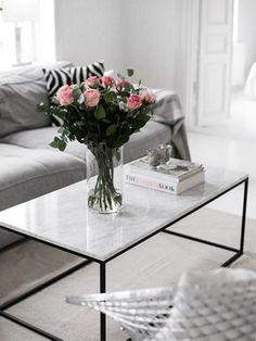 Salón, Mesa de hierro y mármol  www.fustaiferro.com
