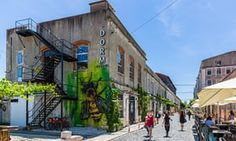 Lisbon city guide: what to see plus the best bars, restaurants and hotels - via The Guardian 08-07-2017 | Portugal's capital is bursting with culture and great places to eat, stay and party – and it's the cheapest city break destination in western Europe. Photo: Dorm at LX Factory, Lisbon