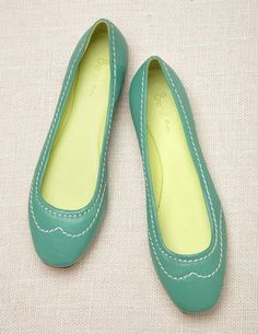 Simple Boden flats. Love their catalog!