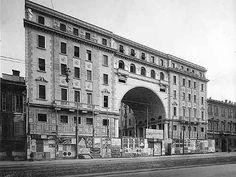 Palazzo della società Buonarroti Carpaccio-Giotto in via Salvini (1926-30)