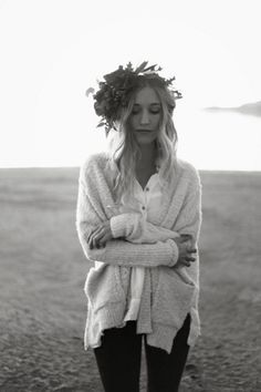there's something about colder air that begs bringing out the boho looks. cozy, yes please.