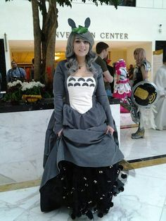 Totoro Dress. - Imgur // I love everything about this cosplay - for those of you interested, a link to her Facebook page, Dustbunny: https://www.facebook.com/DBCosplay