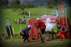 Late 15th century artillery.    Click on image to ENLARGE.