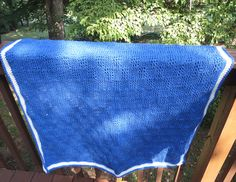 Bluebell Baby Blanket, free pattern by Kim Guzman in Tunisian crochet. 1150 yds worsted weight yarn, hook sizes 'I' & 'K'. Pic from Ravelry Project Gallery. Baby Afghan Crochet, Baby Afghans, Tunisian Crochet, Baby Blankets, Free Prints, Ravelry, Crocheting, Free Pattern, Pillows