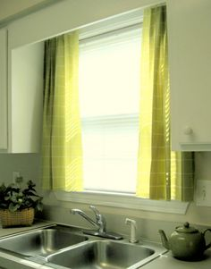 DIY Home Staging Tips: Listen Up: It's Easy to Make No-Sew Curtains