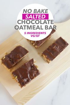 Salted Chocolate, Chocolate Covered Pretzels, Melting Chocolate, No Bake Oatmeal Bars, No Bake Bars, Strawberry Oatmeal Bars, Carrot Cake Oatmeal, Baked Carrots, Cold Desserts