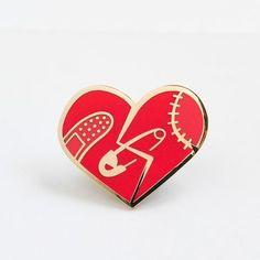 'Broken Heart' Pin (2 Colors!)