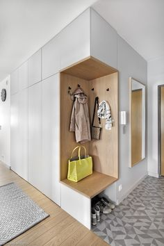 As well as three bedrooms, the upper floor also accommodates a laundry area and a corridor that leads to an outdoor terrace. Latest Cupboard Designs, Bedroom Cupboard Designs, Wardrobe Design Bedroom, Flur Design, Wall Design, Interior Walls, Best Interior, Home Room Design, Home Interior Design