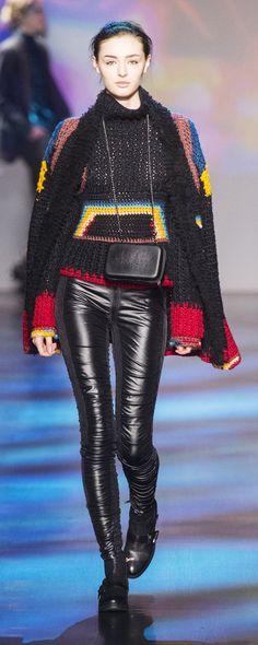 Vivienne Tam at New York Fashion Week Fall 2017 - Crochet