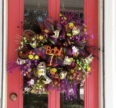 Deco Mesh Halloween by BandGinspirations on Etsy Halloween Mesh Wreaths, Diy Halloween, Halloween Decorations, Skeletons, Frankenstein, Deco Mesh, Witches, Floral Arrangements, Deck