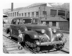 Thank you STEVE CRIST for the photo. The picture was taken in the East Ely yard. All of the buildings and track still exist, but unfortunately, Motor Car 18 is no more. Vintage Cars, Antique Cars, Retro Cars, Abandoned Train, Train Times, Railroad Photography, Rail Car, Cadillac Fleetwood, Old Trains