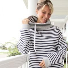 Free pattern for a comfy cowl neck sweatshirt - stay comfy this Fall / Winter!