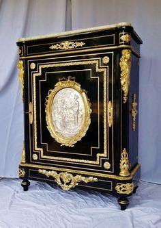 Impressionnant  meuble d appui Boulle Napoléon III médaillon bronze