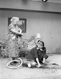Verna Felton appeared on at least 2 I Love Lucy episodes.here she's a homemaker that Lucy is trying to sell a vacumn to. William Frawley, I Love Lucy Show, Vivian Vance, Queens Of Comedy, Lucille Ball Desi Arnaz, Lucy And Ricky, Classic Tv, Favorite Tv Shows, Favorite Person