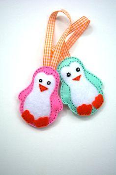Christmas Tree decoration sweet Penguins couple unique