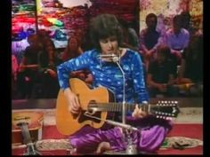 Donovan in Concert - Cosmic Wheels + Maria Magenta