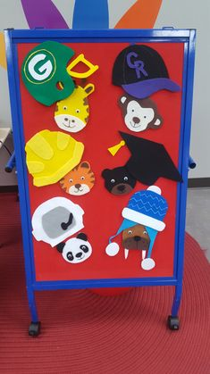 Build background knowledge with this fun hat hiding flannel game! 4 different rhymes for play and free patterns in various sizes included. Hidden Games, Astronaut Helmet, Pete The Cats, Felt Stories, Flannel Friday, Flannel Boards, Sequencing Activities, Cat Hat, Felt Patterns