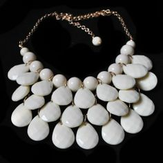 NEW White Bubble Bib Resin Statement Necklace 18 - 21 inch Chain FREE EARRINGS