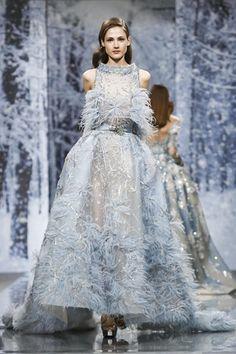 Ziad nakad couture fall winter 2017 paris runway fashion в 2 Haute Couture Dresses, Couture Fashion, Runway Fashion, Fashion Show, Fashion Design, Live Fashion, Fashion News, Fashion Games, Fashion Trends
