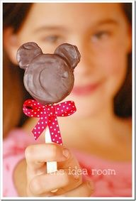 Another idea for lilys birthday Im not much of a food craft person, but these are too cute! Minnie Mouse Pops - Split mini Oreos and stick into creme center of regular size Oreos. Insert lollipop stick, Dip whole thing in melted chocolate