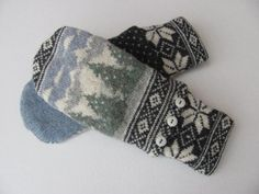 Felted Wool Sweater Mittens Fleece Lined Nordic Fair Isle Grey and Cream Winter…